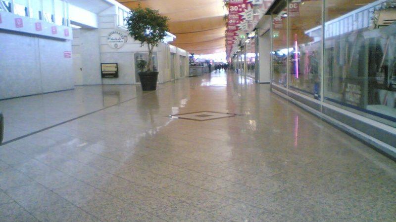 kwahs-gebäudereinigung-essen-einkaufscenter-reinigung-1