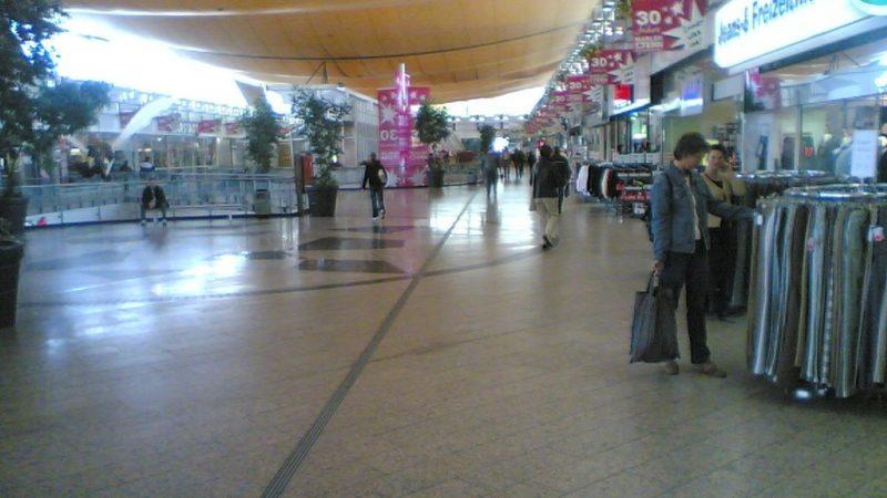 kwahs-gebäudereinigung-essen-einkaufscenter-reinigung-3