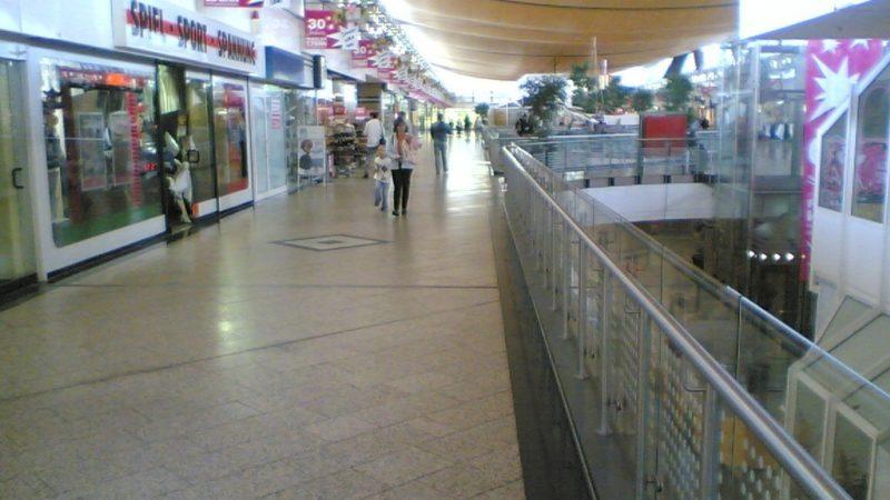 kwahs-gebäudereinigung-essen-einkaufscenter-reinigung-4